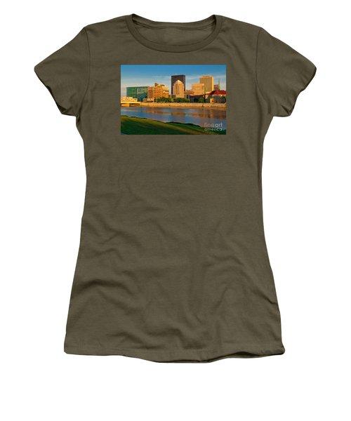 D4u-379 Dayton Skyline Photo Women's T-Shirt
