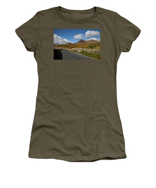 Farmland, Stone Walls In The Midste Women's T-Shirt