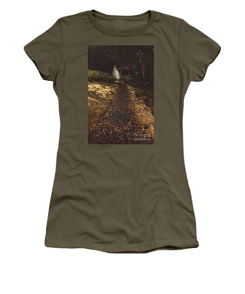 Forest Log Cabin Or Cottage With Leafy Autumn Path Women's T-Shirt