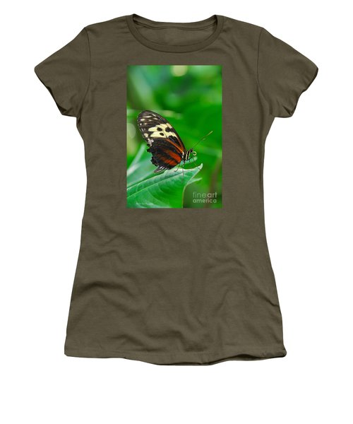 D5l15 Butterfly At Franklin Park Conservatory Women's T-Shirt