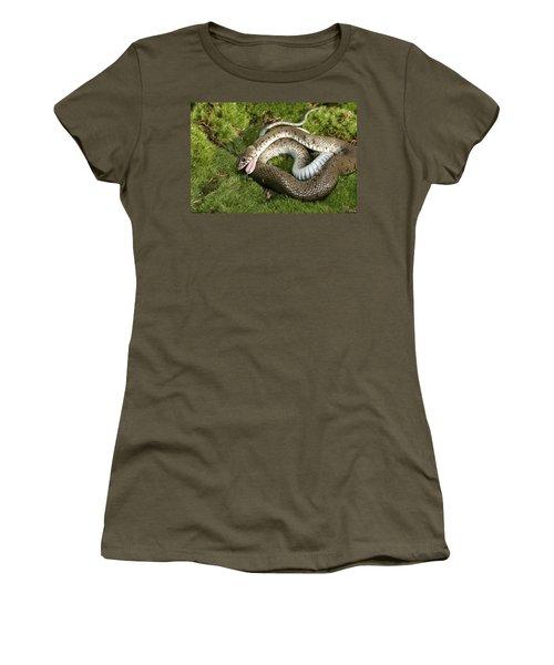 Grass Snake Playing Dead Women's T-Shirt