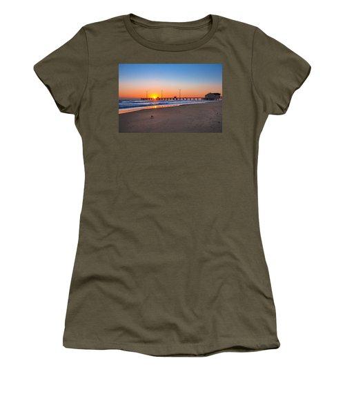 Jennettes Pier Women's T-Shirt (Athletic Fit)