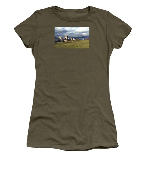 Medieval City Wall Defence Women's T-Shirt