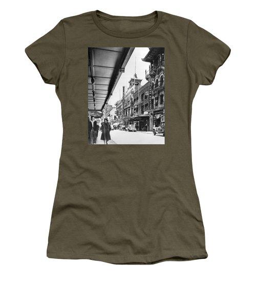 San Francisco's Chinatown Women's T-Shirt