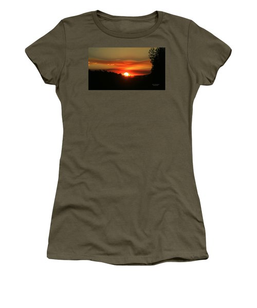 Smokin' Payson Sunset Women's T-Shirt