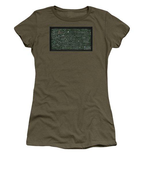 Maths Formula On Chalkboard Women's T-Shirt
