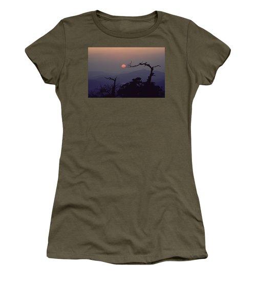 Tree And Sun From Mt Scott Women's T-Shirt