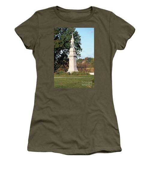 30u13 Hood Park Monument To Civil War Soldiers And Sailors Photo Women's T-Shirt
