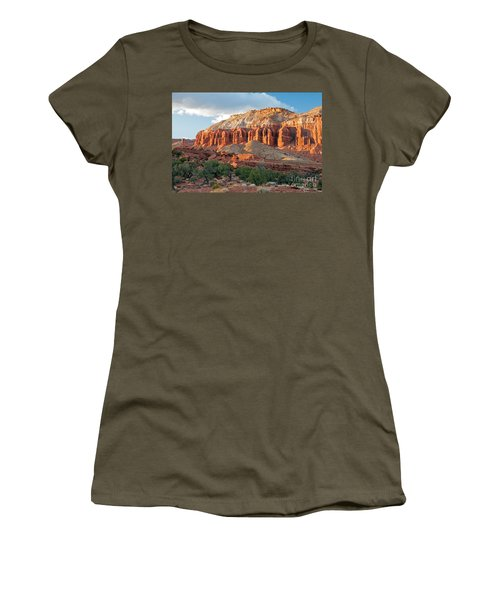The Goosenecks Capitol Reef National Park Women's T-Shirt