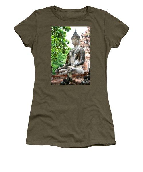 Women's T-Shirt featuring the photograph Buddha Statue by Yew Kwang