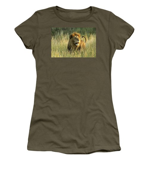 King Of The Savanna Women's T-Shirt (Athletic Fit)