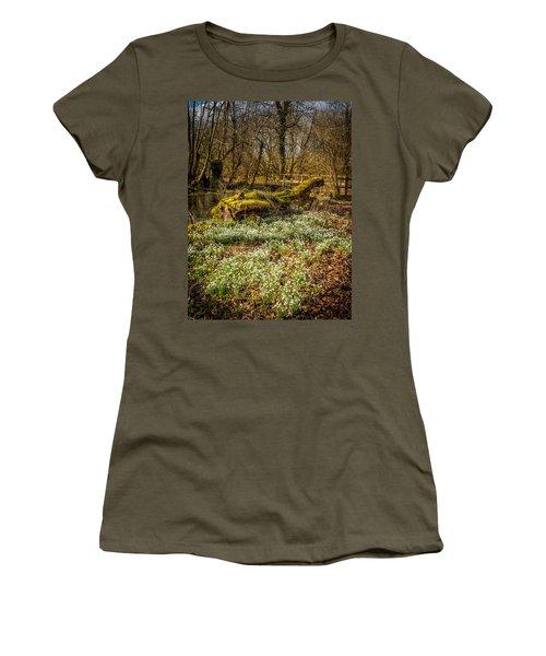 Snowdrop Woods Women's T-Shirt