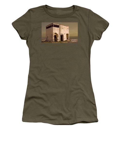 Abandoned Dreams Women's T-Shirt