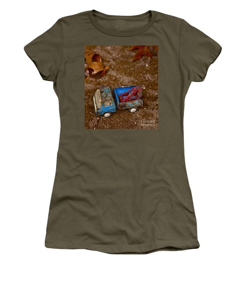 Women's T-Shirt (Junior Cut) featuring the photograph Abandoned Truck by Xn Tyler