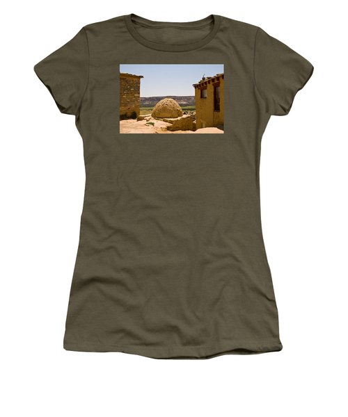 Acoma Oven Women's T-Shirt (Athletic Fit)