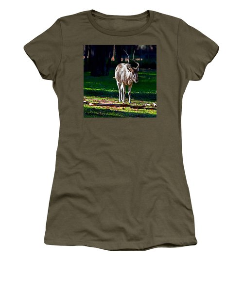 Addax Women's T-Shirt (Athletic Fit)