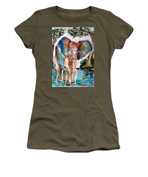 African Elephant Women's T-Shirt (Athletic Fit)