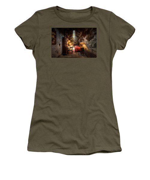 Al Capone's Cell - Historical Ruins At Eastern State Penitentiary - Gary Heller Women's T-Shirt
