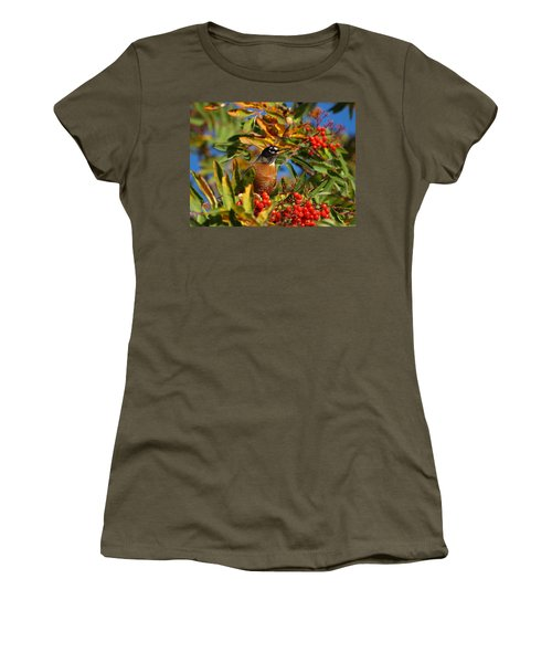 American Robin Women's T-Shirt (Athletic Fit)