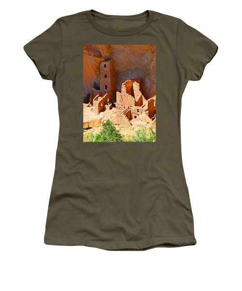 Ancient Dwelling Women's T-Shirt (Athletic Fit)