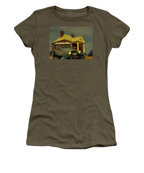 Approaching Storm Women's T-Shirt