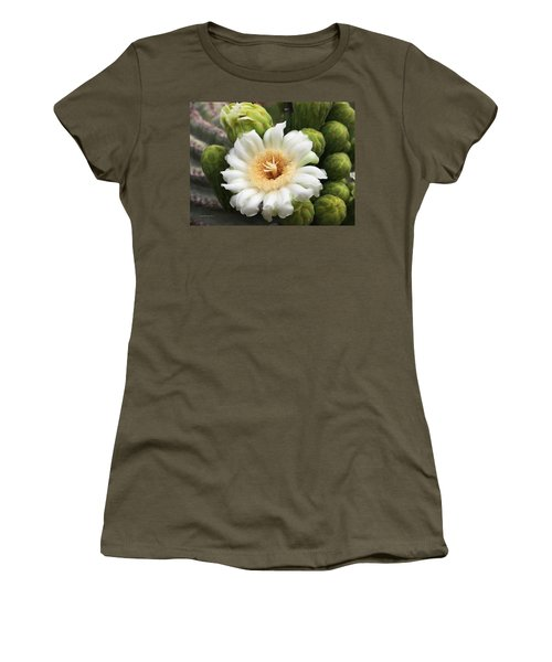 Arizona State Flower The Saguaro Blossom Women's T-Shirt (Athletic Fit)