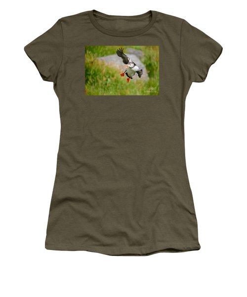 Atlantic Puffin, Incoming.... Women's T-Shirt