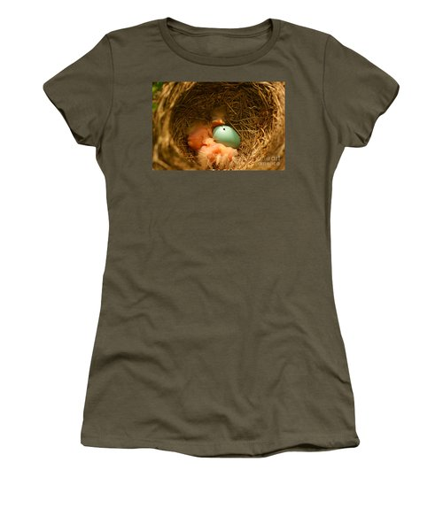 Baby Robins2 Women's T-Shirt (Athletic Fit)
