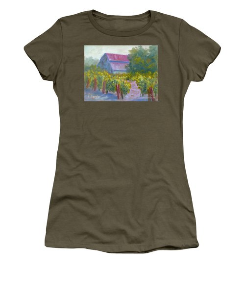 Barn In Vineyard Women's T-Shirt