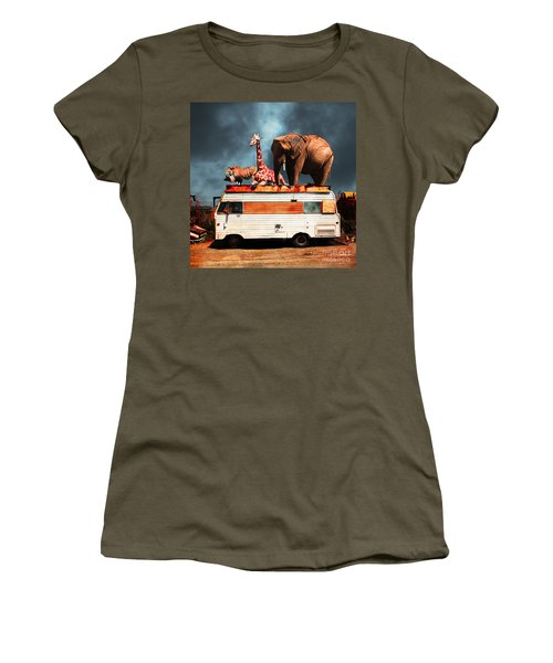 Barnum And Bailey Goes On A Road Trip 5d22705 Square Women's T-Shirt