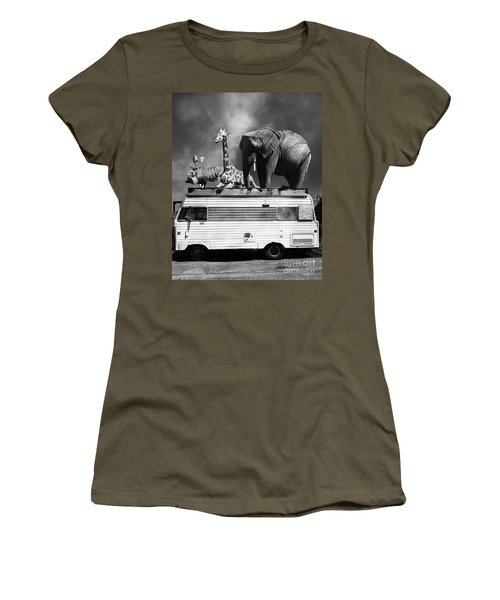 Barnum And Bailey Goes On A Road Trip 5d22705 Vertical Black And White Women's T-Shirt