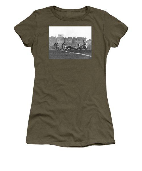 Bears Are 1933 Nfl Champions Women's T-Shirt