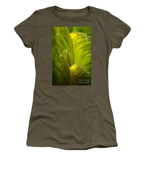 Beauty In The Sunlight Women's T-Shirt (Athletic Fit)