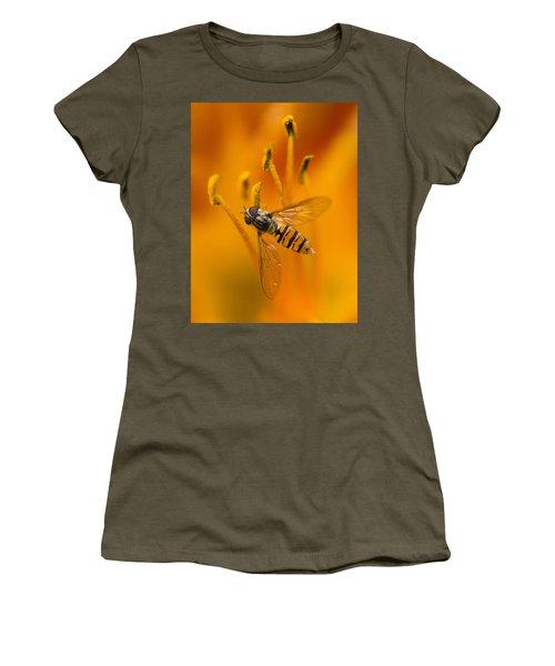 Bee Inside The Orange Lilium Flower Women's T-Shirt