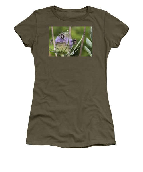 Beeasel Women's T-Shirt