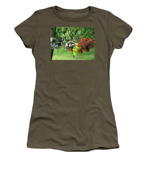 Begonias On Line Women's T-Shirt (Athletic Fit)