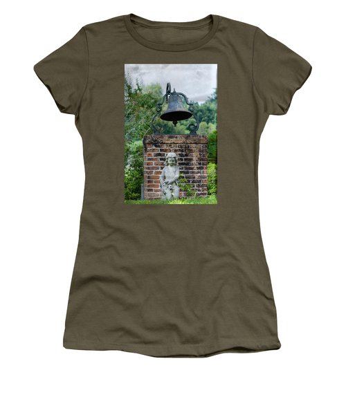 Bell Brick And Statue Women's T-Shirt