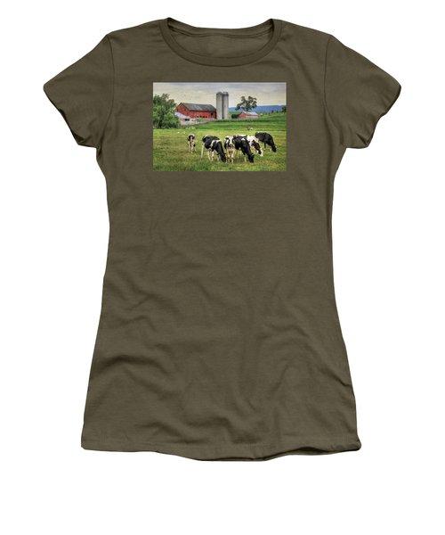 Belleville Cows Women's T-Shirt (Athletic Fit)