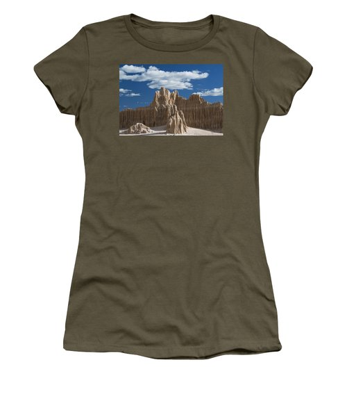 Bentonite Clay Formations Cathedral Women's T-Shirt