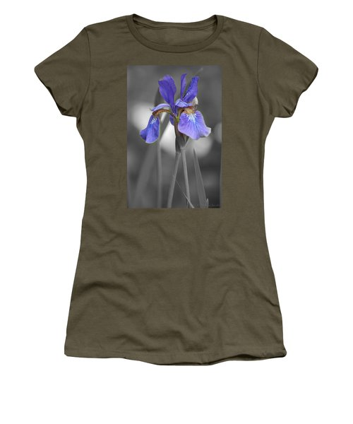 Black And White Purple Iris Women's T-Shirt