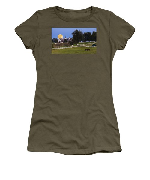 Bluegrass Moonrise Women's T-Shirt (Athletic Fit)
