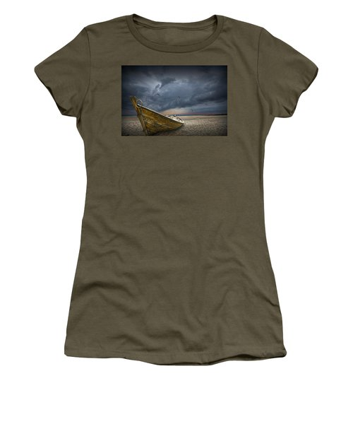 Boat With Gulls On The Beach With Oncoming Storm Women's T-Shirt