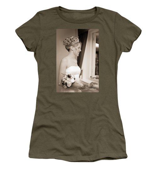 Bride Awaits Her Groom Women's T-Shirt