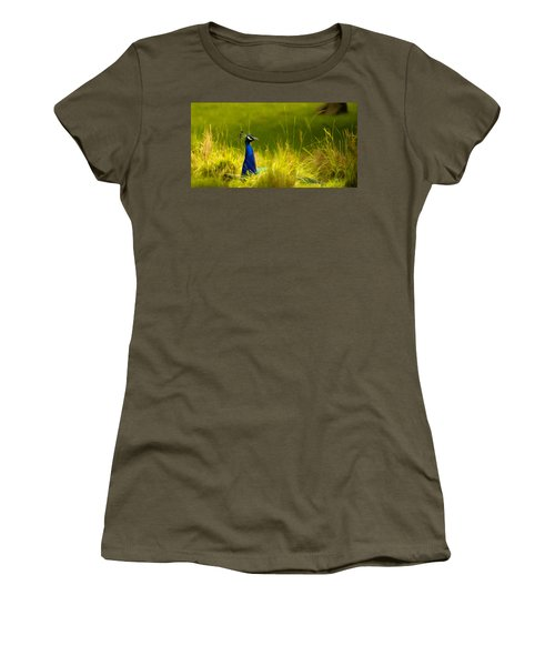 Bronx Zoo Peacock Women's T-Shirt (Athletic Fit)