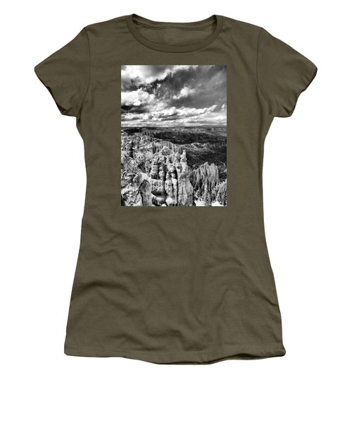 Bryce Canyon In Black And White Women's T-Shirt