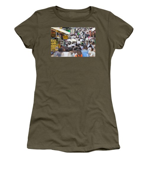 Busy Takeshita Dori Women's T-Shirt