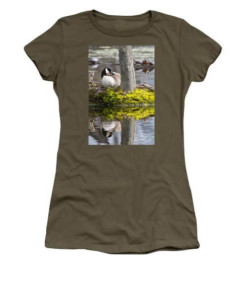Canada Goose On Nest Women's T-Shirt