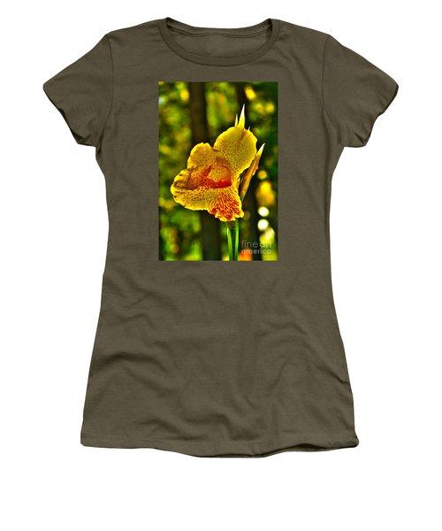 Canna Wow Women's T-Shirt