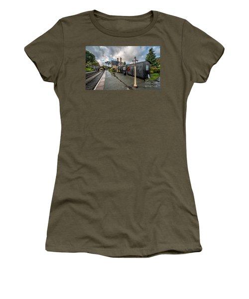 Carrog Railway Station Women's T-Shirt