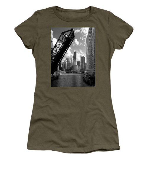 Chicago-skyline-raised Bridge Black White Women's T-Shirt